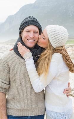 Vi kvinner kan godt bli flinkere til å overraske våre kjære. Illustrasjonsfoto: Crestock