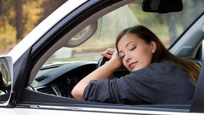 En liten pause i bilen før du henter barna, kan gjøre underverker for kroppen.