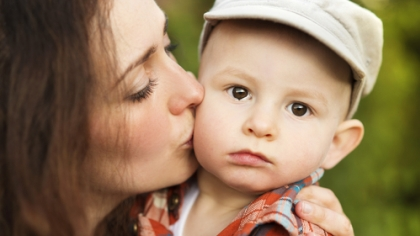 Det kan gjøre vondt i mammahjertet når du skal gå fra ditt gråtende barn. Illustrasjonsfoto: Shutterstock