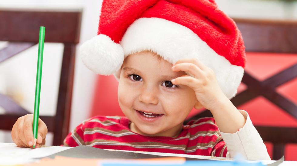 Få med de små også, så blir julehilsenen enda mer personlig. Illustrasjonsfoto: Shutterstock