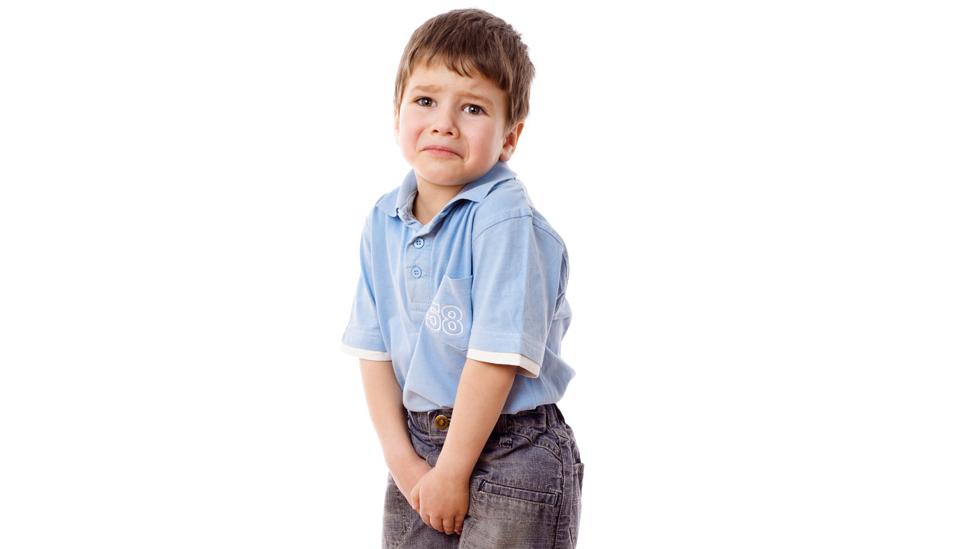 Barnet sier det har vondt i tissen – men hva kan det være? Illustrasjonsfoto: Shutterstock