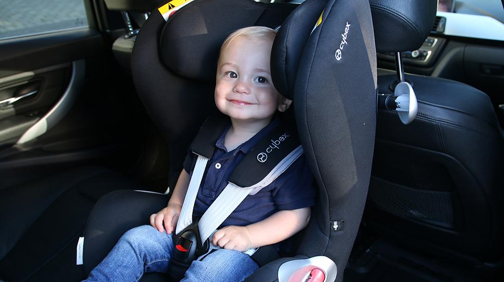 Barnet har best av sitte bakovervendt til det er minst fire år. Foto: NAF