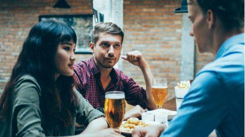 hvordan du går fra dating til å være venner orgie reise