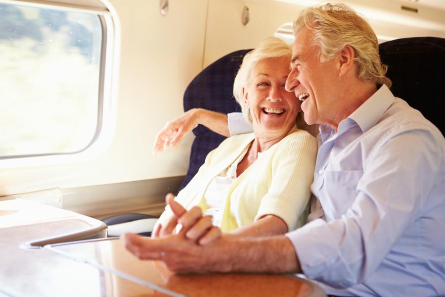 anziani in treno