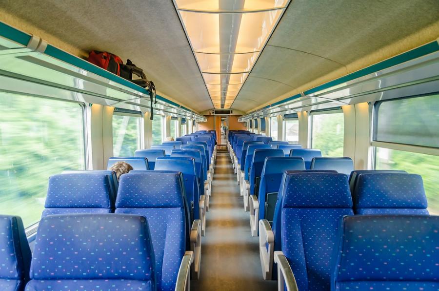 sedili sul treno