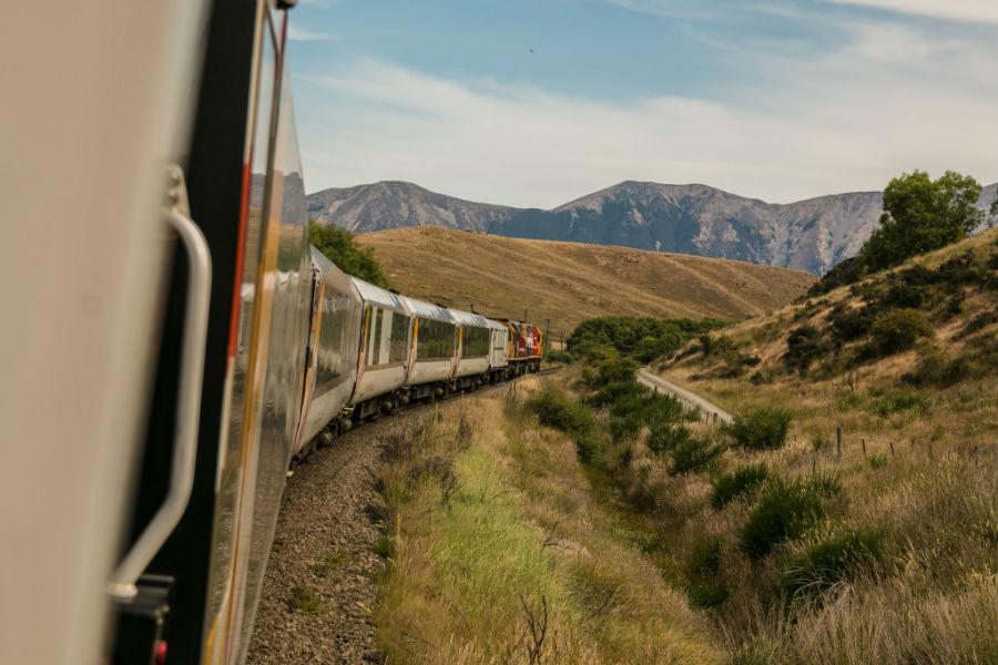 viaggio in treno prospettiva