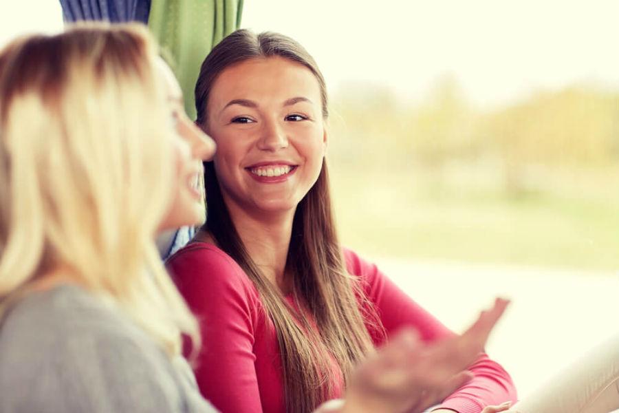 passeggeri che chiacchierano