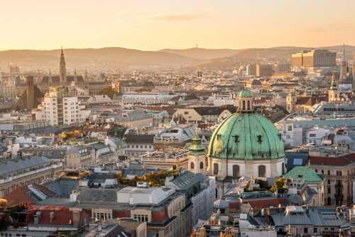 Landscape image of Vienna