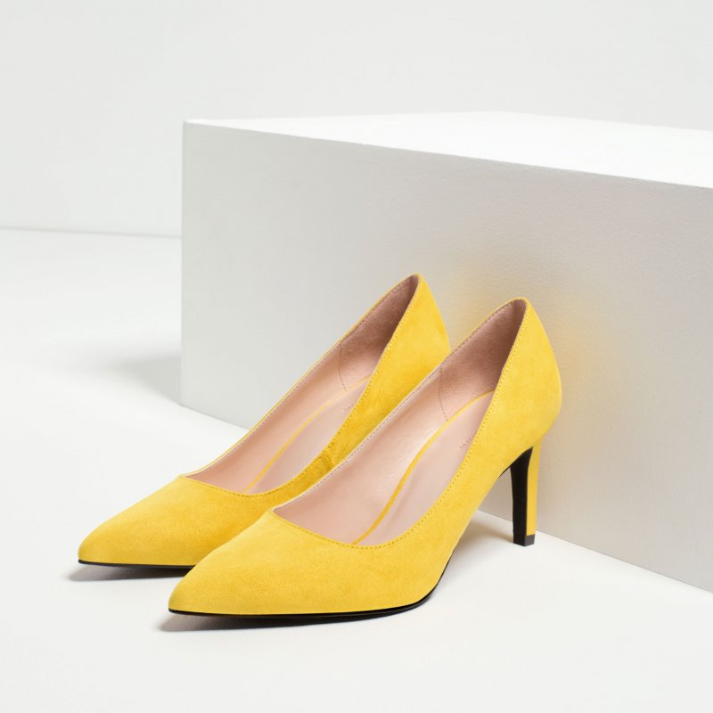 5 paia di scarpe preferite delle star dupe a meno di 50€ 43bd4480a2a