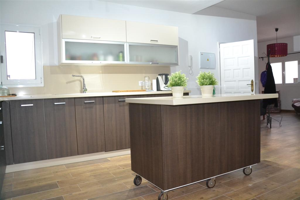 Nice kitchen in Wenge color
