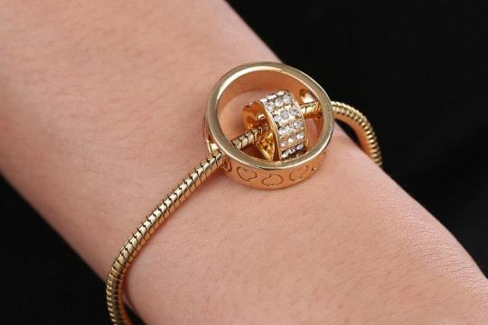 Brazalete ring of heart
