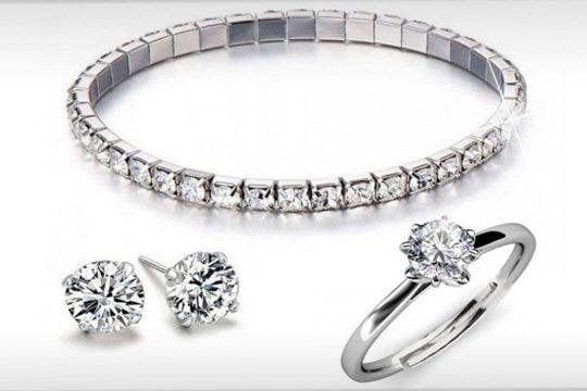 Set de pulsera, anillo y pendientes con Swarovski Elements ¡Ideales!