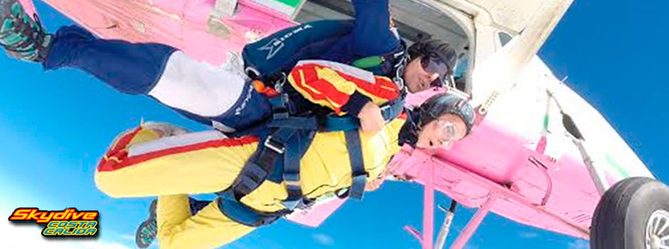 Skydive costa c lida salto en paraca das en t ndem desde for Paracaidismo barcelona ofertas