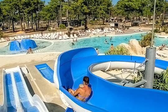 Semana santa en las landas en mobil home de camping 5 for Camping en las landas con piscina cubierta