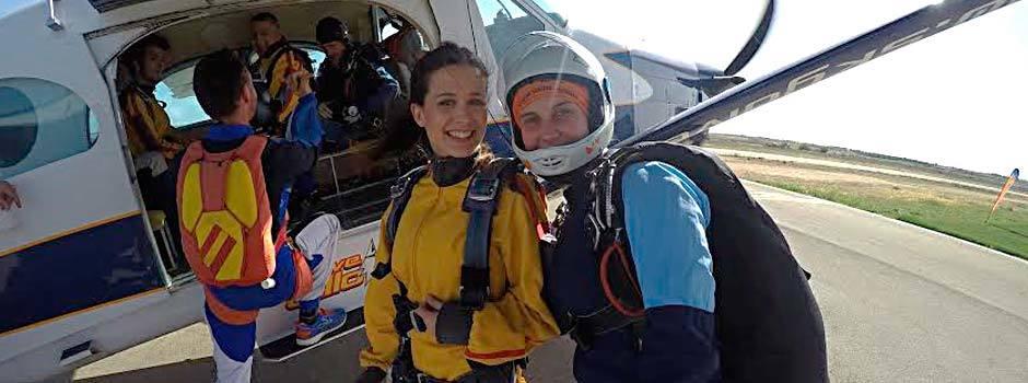 Centro de paracaidismo skydive lillo salto en paraca das for Paracaidismo barcelona ofertas