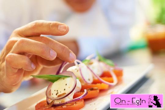 Academia de cocina on egin 4 clases presenciales de for Cursos de cocina en pamplona
