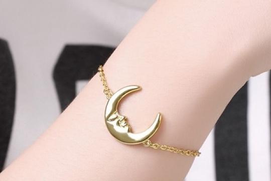 Pulsera Gold color moon
