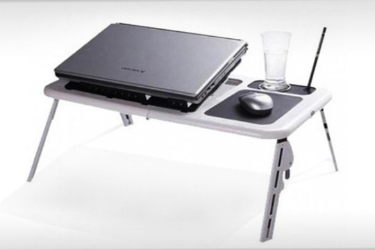 Productos colectivia mesa plegable para port til con for Mesa plegable portatil