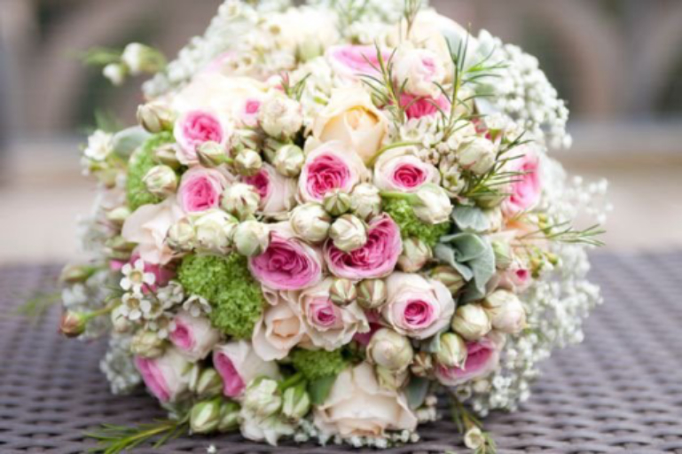 Livraisons de bouquet fleurs Ucciani  Aux Colonnes Fleuries