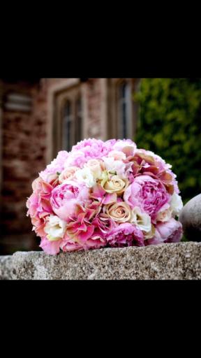 Envoyer bouquet sur mesure Ucciani fleuriste Aux Colonnes Fleuries