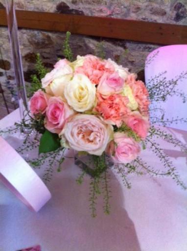 Livraison de bouquet Monnieres fleuriste Atout Rose