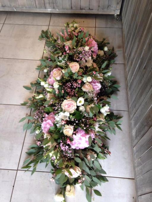 Faire livrer bouquets fleur Batz-Sur-Mer fleuriste Pivoine et Capucine