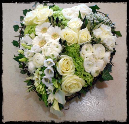 Commander bouquet fleurs Trevoux fleuriste créateur Bouton d'Or