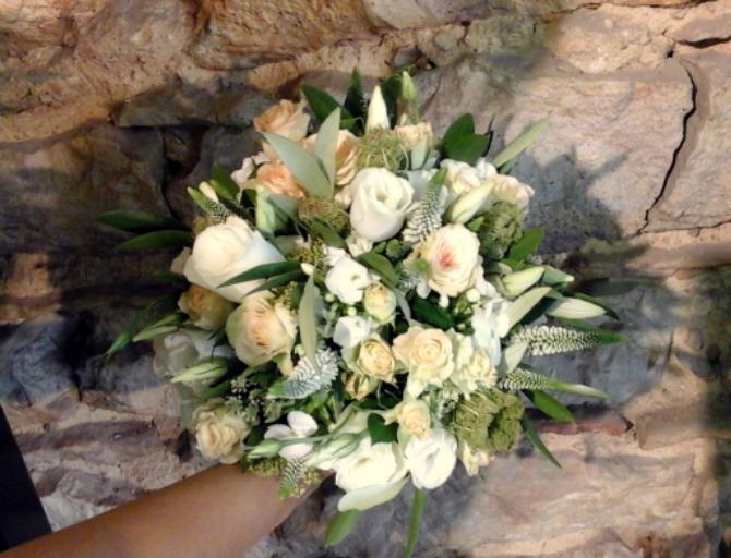 Envoi de bouquet de fleur Quincieux fleuriste Bouton d'Or
