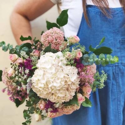Livraison de bouquet de fleur Bordeaux artisan fleuriste Conter Fleurette