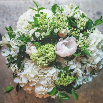 Livrer composition florale Bordeaux  Conter Fleurette