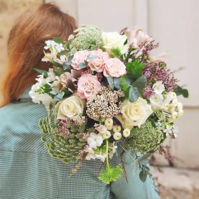 Offrir fleur bouquet Bordeaux artisan fleuriste Conter Fleurette