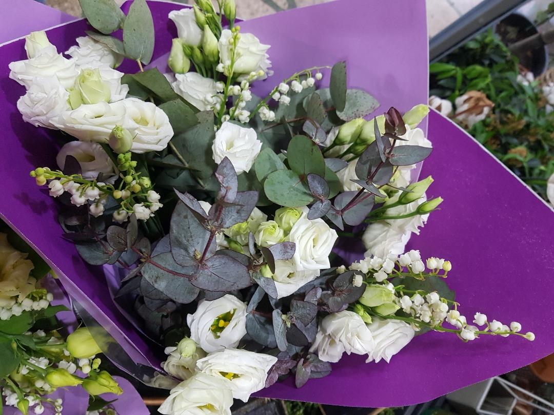 Commander bouquets de fleur fleuriste Wisteria Fleuriste à Paris
