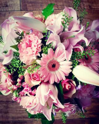 Bouquets fleur Binche artisan fleuriste Betty Fleurs