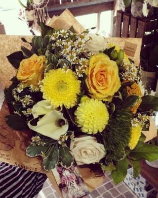 Commande bouquet de fleurs Gouesnach artisan fleuriste Rêve d'Orchidée...