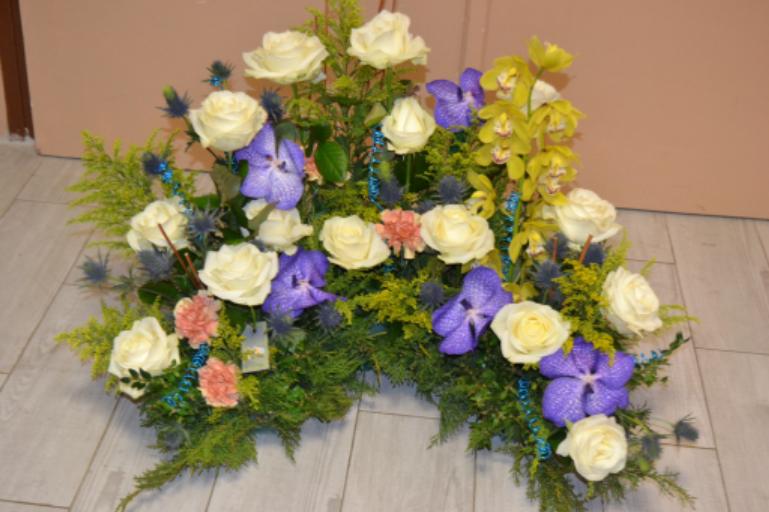 Commander composition florale Saint-Jean-Devant-Possesse fleuriste créateur Au Fil des Fleurs