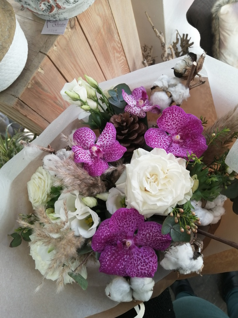 Commander fleurs fleuriste Little Garden à Avessac