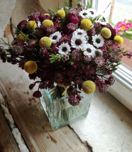 Envoi bouquet fleurs Preny fleuriste créateur Armoise & Coquelicot
