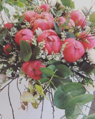 Commander bouquets Villeneuve-De-La-Raho artisan fleuriste L'Herbe Folle Fleuriste