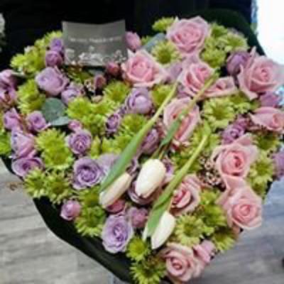 Envoyer bouquets de fleur La Longueville artisan fleuriste Fleurs en Campagne