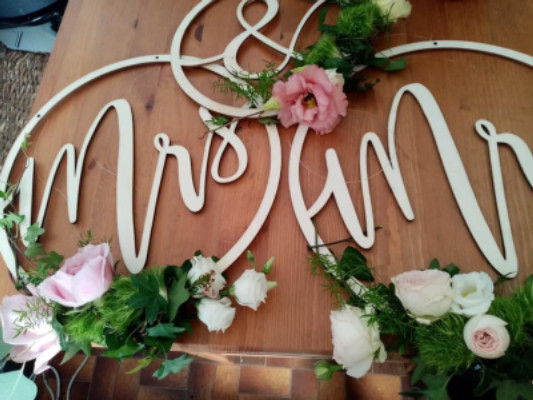 Envoie de fleur bouquet La Longueville fleuriste créateur Fleurs en Campagne