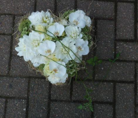 Livraison de bouquet La Hulpe fleuriste créateur Fleur de Celle...