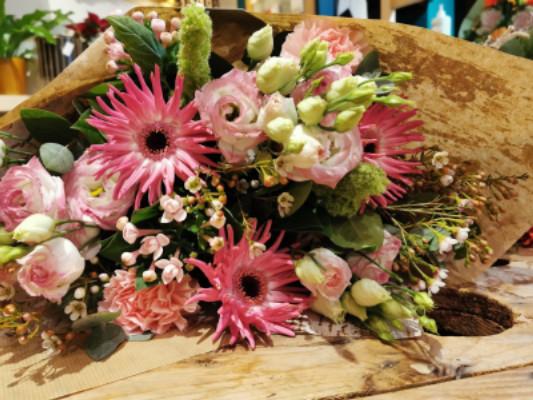 Envoi bouquet fleurs Court-Saint-Etienne  Fleur de Celle...