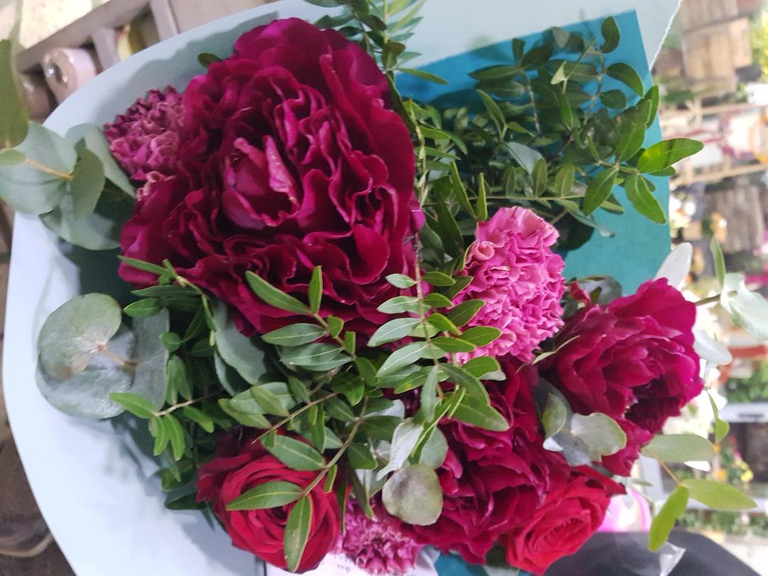 Livraison de fleur fleuriste Wisteria Fleuriste à Paris