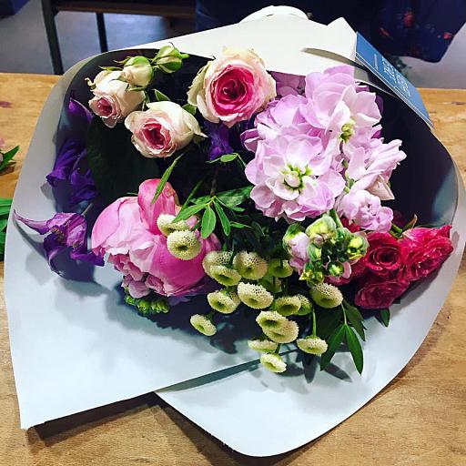 Offrir bouquet de fleurs Nantes artisan fleuriste L'Atelier de Brice