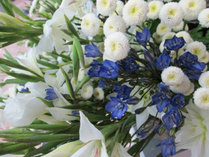 Commander bouquet fleur Menomblet fleuriste L'Orchidée