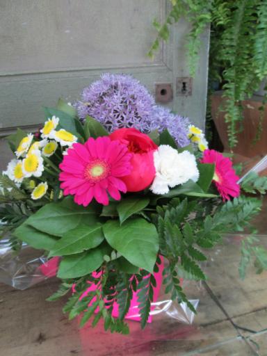 Composition florale Menomblet fleuriste créateur L'Orchidée
