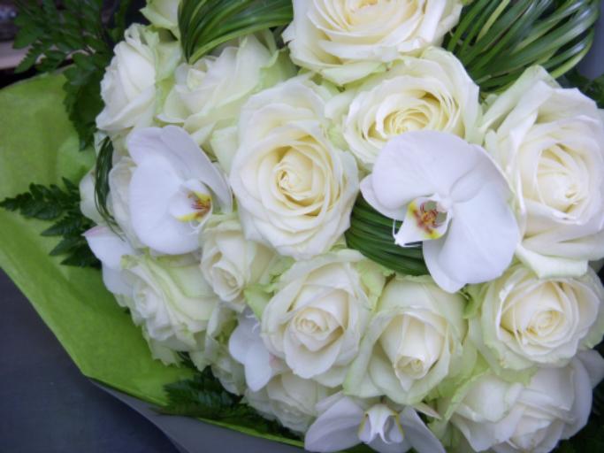 Commande bouquet fleurs Antigny fleuriste créateur L'Orchidée