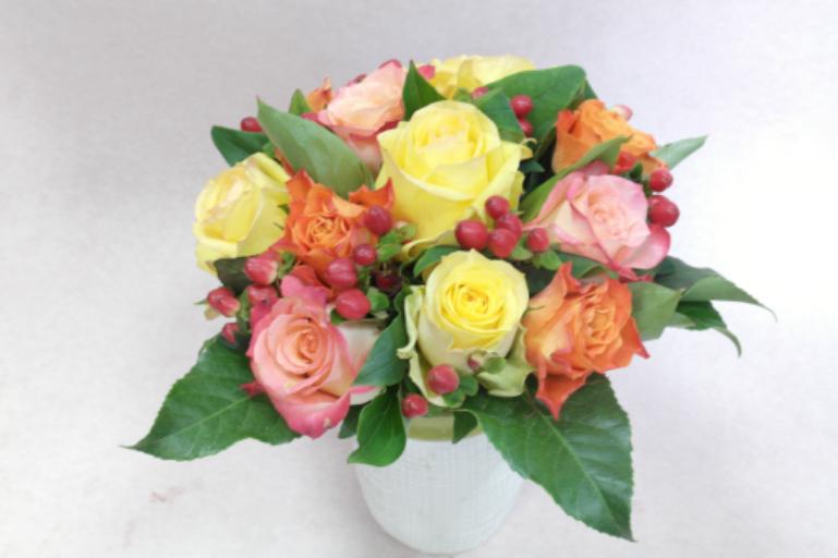 Livraisons de bouquet sur mesure Montreuil-Juigne artisan fleuriste Fleurs de Lou