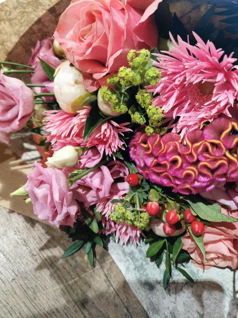 Faire livrer composition florale fleuriste artisan Fleur de Celle... à Ottignies-Louvain-La-Neuve