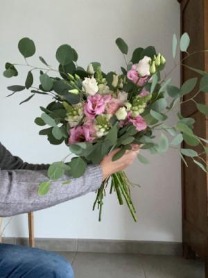 Faire livrer bouquet fleurs Mezeray fleuriste créateur Les Oeillets d'Amour
